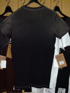 TRUE RELIGION STYLE:M648036JU COLOR:BLACK SS CREW TEE ROCK