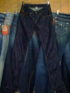TRUE RELIGION NATHAN STYLE:M882004E8-1W COLOR:1W-SOFT/RIGID