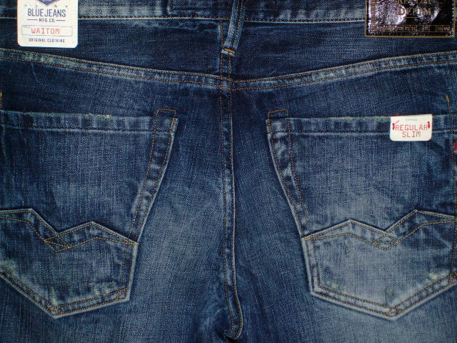 REPLAY WAITOM REGULAR SLIM JEANS STRAIGHT JEANS
